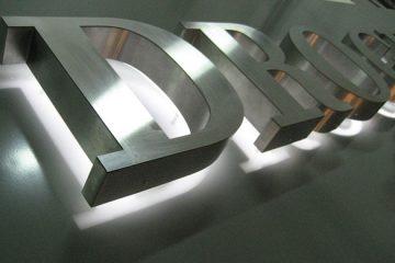 Буквы из стали